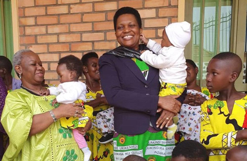 ASG Bintu Keita and Burundi First Lady Denise Nkurunziza with kids of the Good Samaritan Orphanage  in Buye, Ngozi, 31 Aug 2019