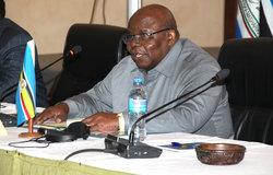L'ancien président tanzanien Benjamin Mkapa, facilitateur du dialogue interburundais, lance le 5ème round des pourparlers à Arusha, en Tanzanie, le 26 octobre 2018. Photo: OSESG-B, Kassimi Bamba
