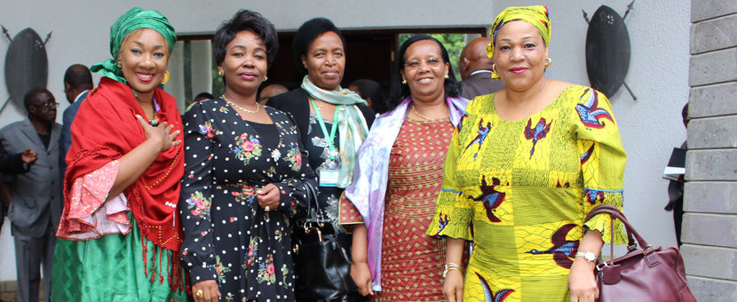 Women bring in critical support to the Inter-Burundi Dialogue. Aldine Traore of the African Union (left) and Yewande Odia of OSESG-B in a coffee break photoshoot with Burundi women delegates at the 5th Round in Arusha, Tanzania, 29 Oct 2018. UN Photo/Kassimi Bamba